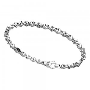 Bracciale in argento a maglie forate.