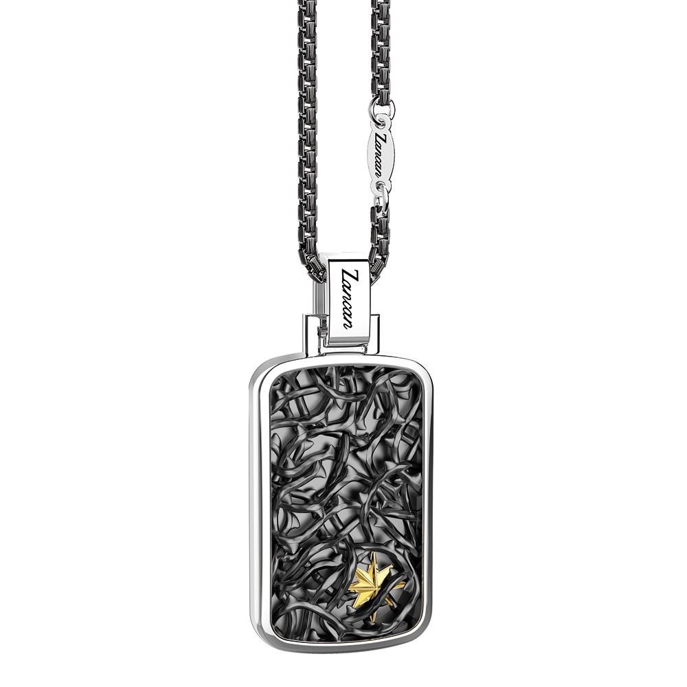 Collana in argento con pendente decorato