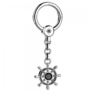 Silver keyholder with helm
