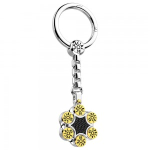 Silver keyholder with black spinels